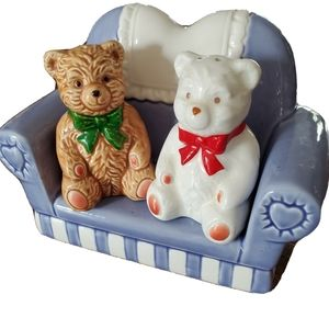Vintage   Bears on Couch Salt & Pepper Shakers